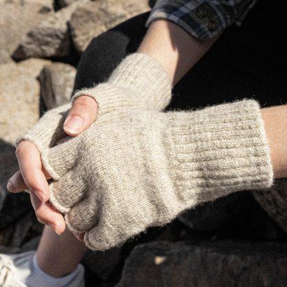 Fingerless gloves on model